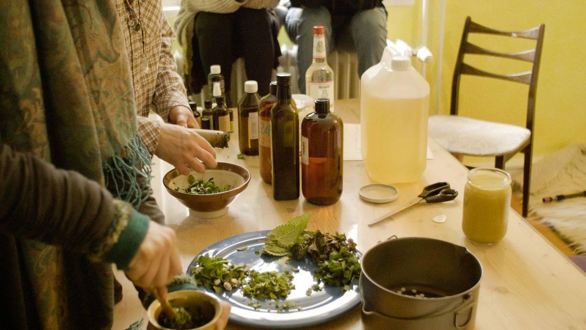 Pflanzenwerkstatt: Körperpflegemittel selber herstellen